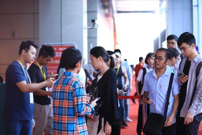 想让眼睛一饱眼福?第五届国际新材料新工艺及色彩(简称CMF)展览会等你来撩!